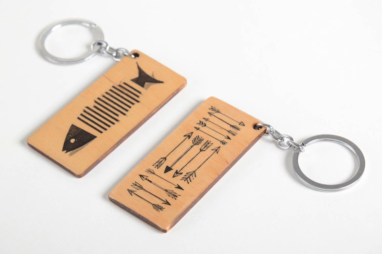 Брелки для ключей в подарок