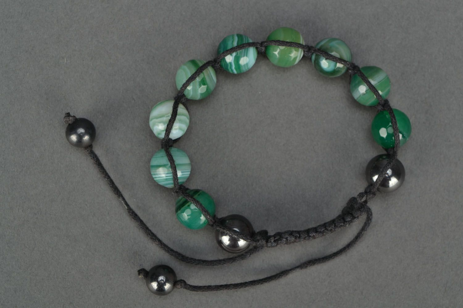 Handmade bracelet with agate and hematite photo 2