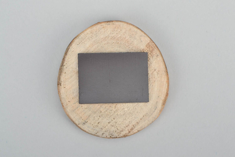 Wooden fridge magnet photo 4