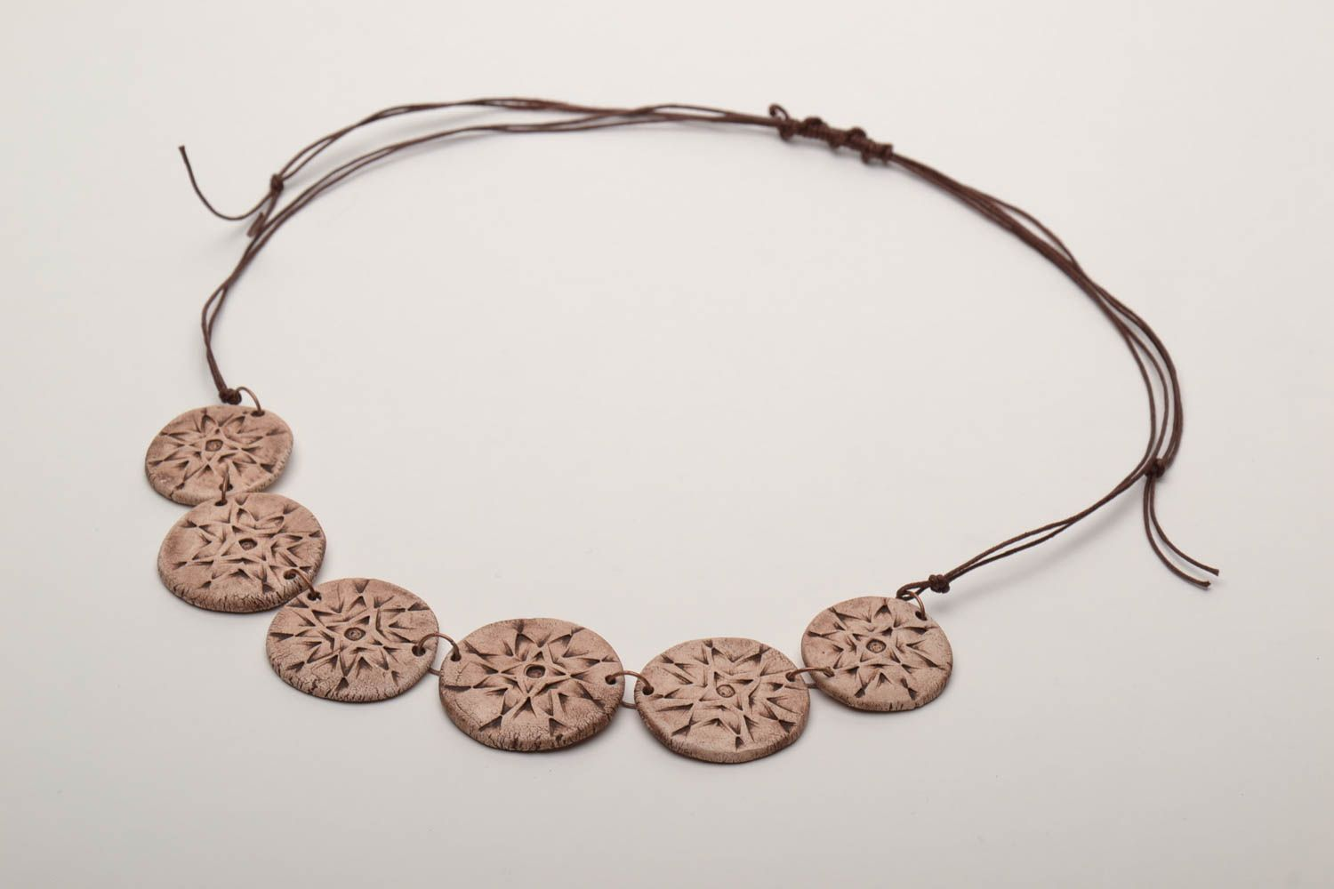 Ceramic necklace with ethnic ornaments photo 3