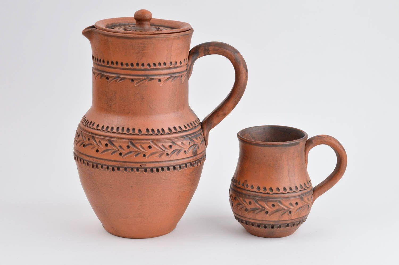 Глиняная посуда с рисунком