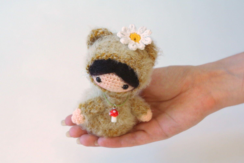 Игрушка вязаная Девочка-мишка фото 5
