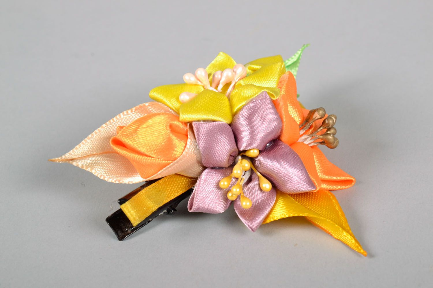 Hair clip with flowers photo 4