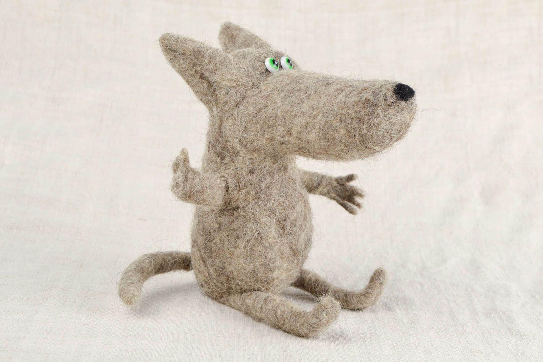 разберем порядку, фото смешного волка из шерсти полоску