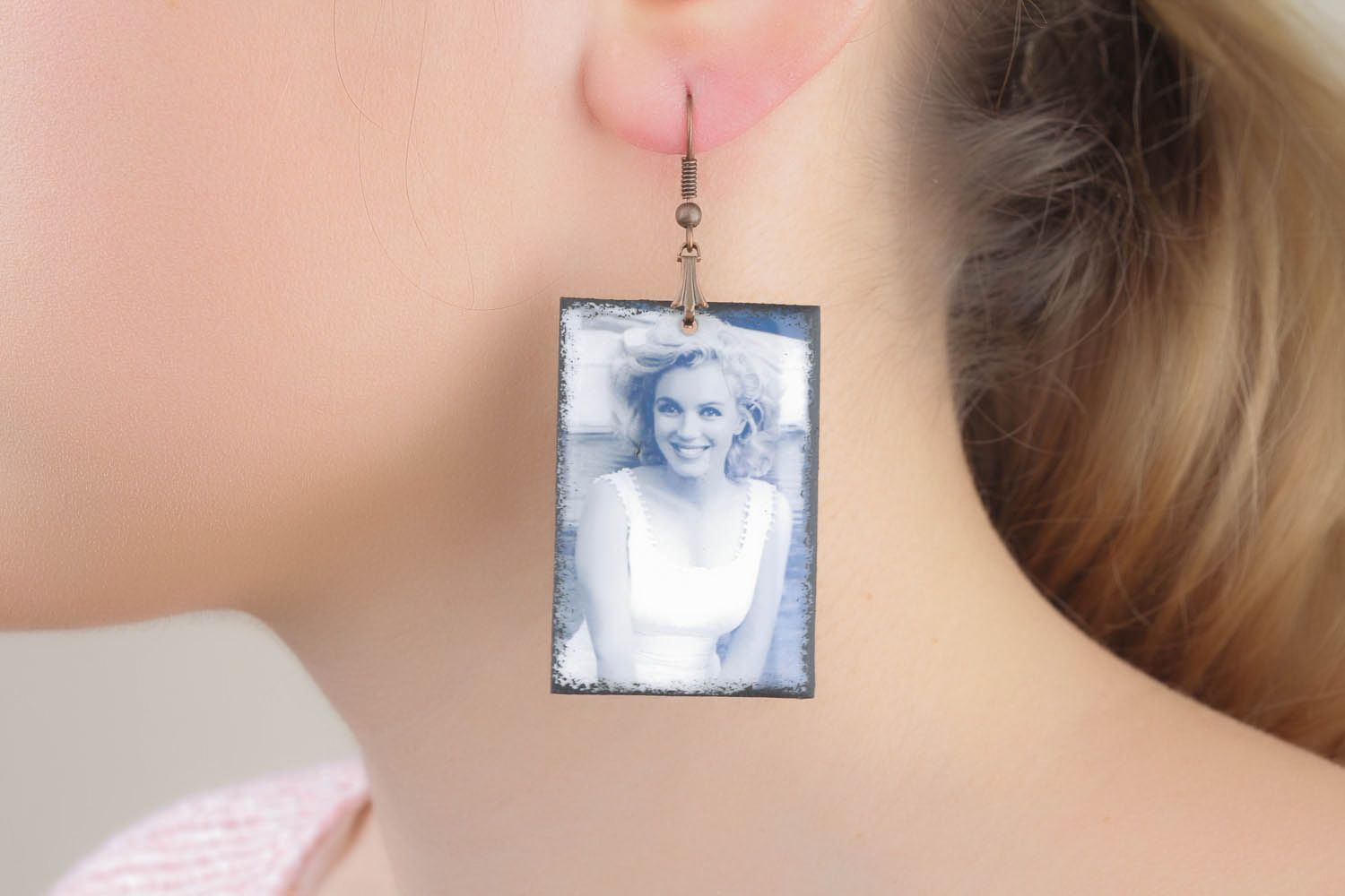 Rectangular earrings with photo print photo 4