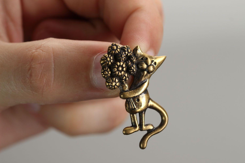 Bronze pendant Cat with Bouquet photo 4