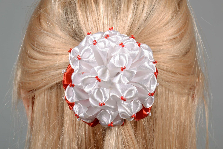Haarspange mit Blumen foto 1