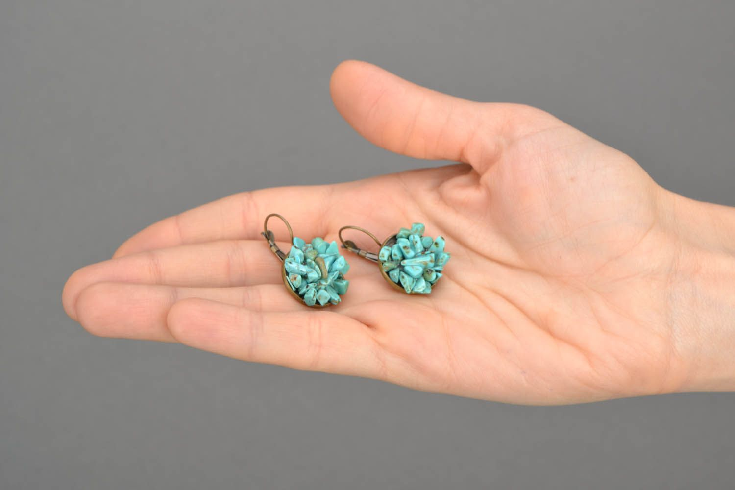 Turquoise round earrings photo 5