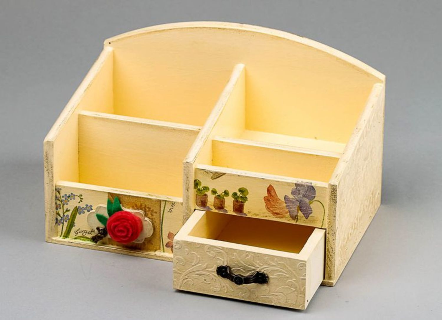 Wooden jewelry box with splotchy effect photo 4
