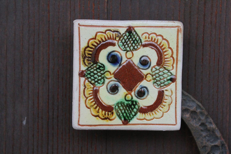 Ceramic magnet for fridge with Ukrainian painting photo 1