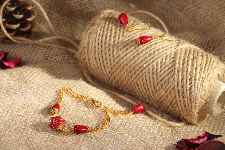 Acrylic earrings and bracelet photo 4