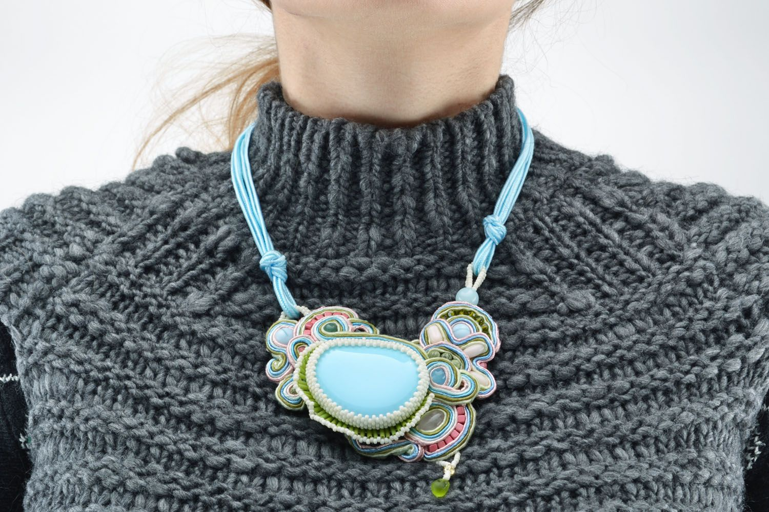 Necklace with natural stones photo 5