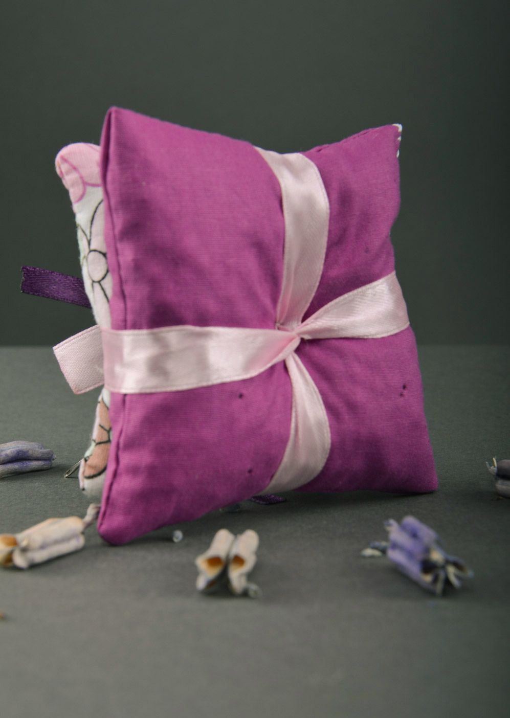 Tender handmade sachet pillows sewn of fabric with ribbons with mint Lilac  photo 2