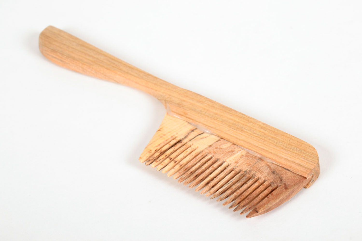 Wooden hair comb photo 2