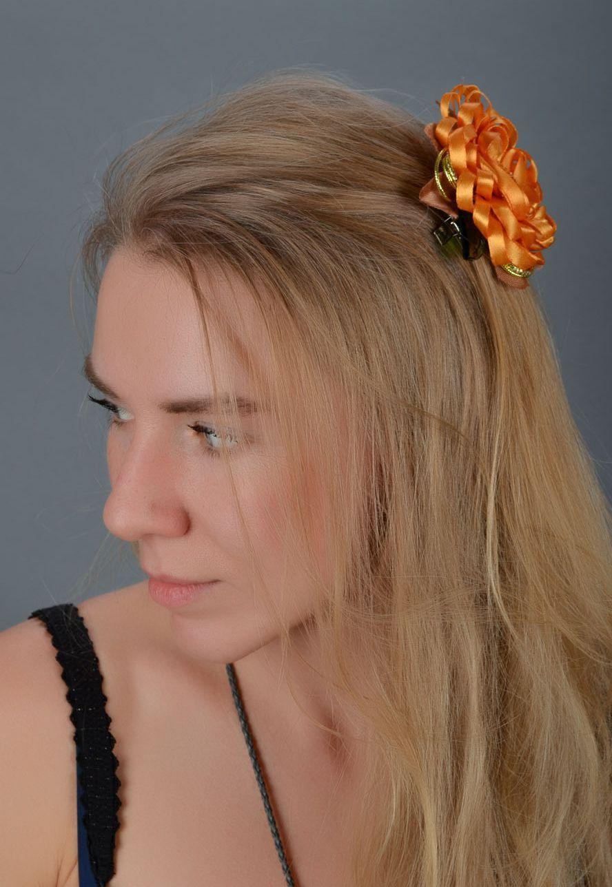 Homemade bright hair clip The Sun photo 1