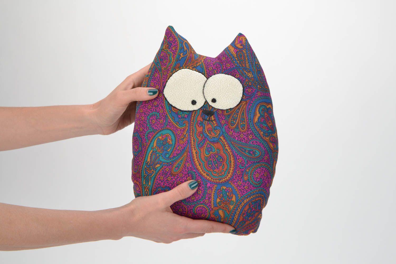 madeheart jouet oreiller chat fait main en satin original et pratique pour maison. Black Bedroom Furniture Sets. Home Design Ideas