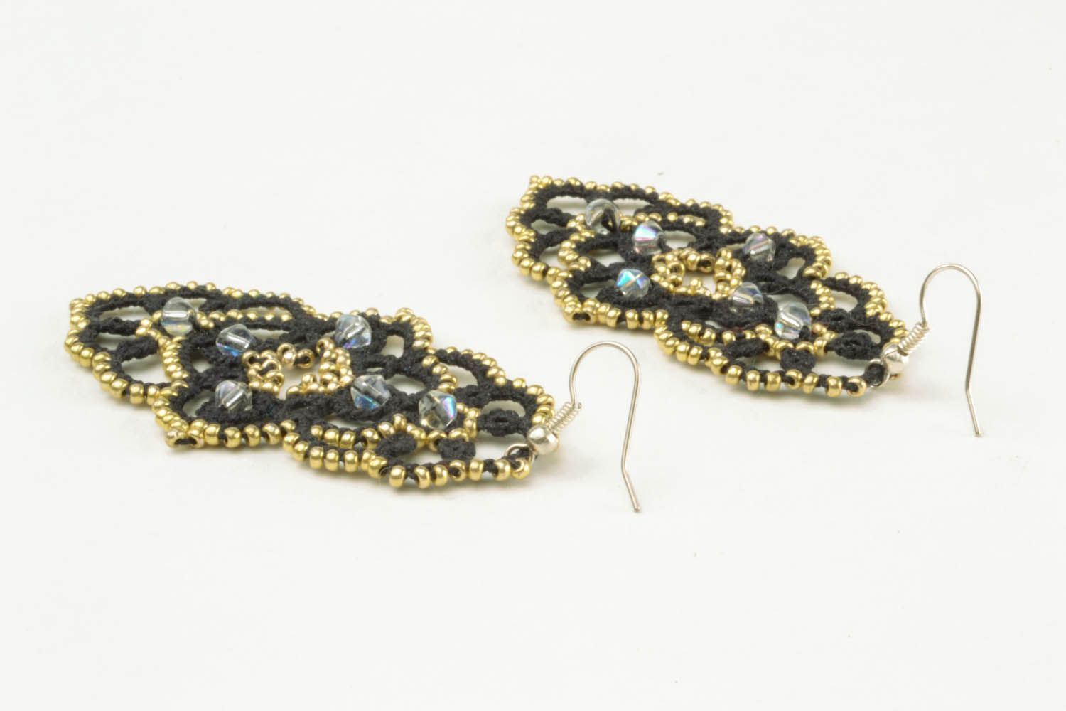Lace dangle earrings photo 4