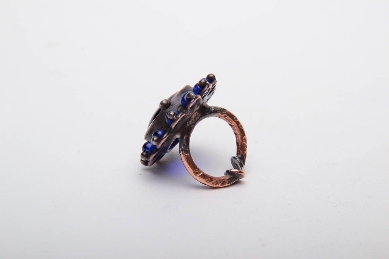 Kupfer Ring mit blauem Glas foto 3