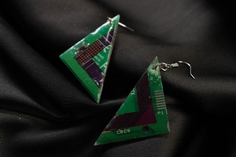 Green triangular metal earrings with mechanism photo 3