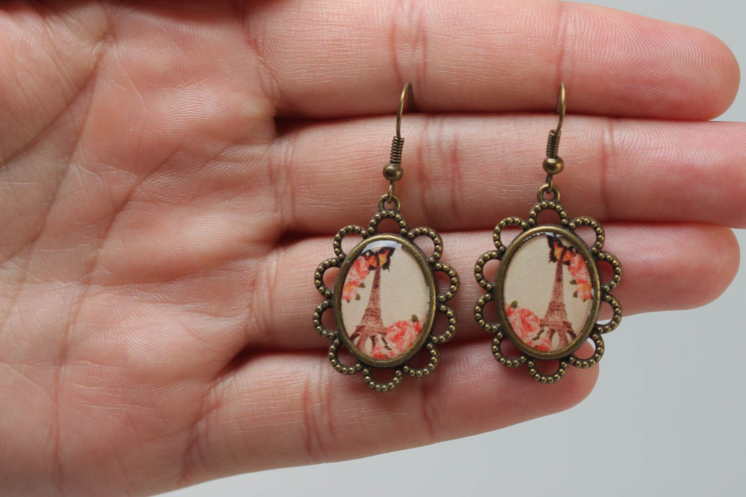 Handmade vintage oval earrings made of metal and glass glaze with a print of Eiffel tower photo 5