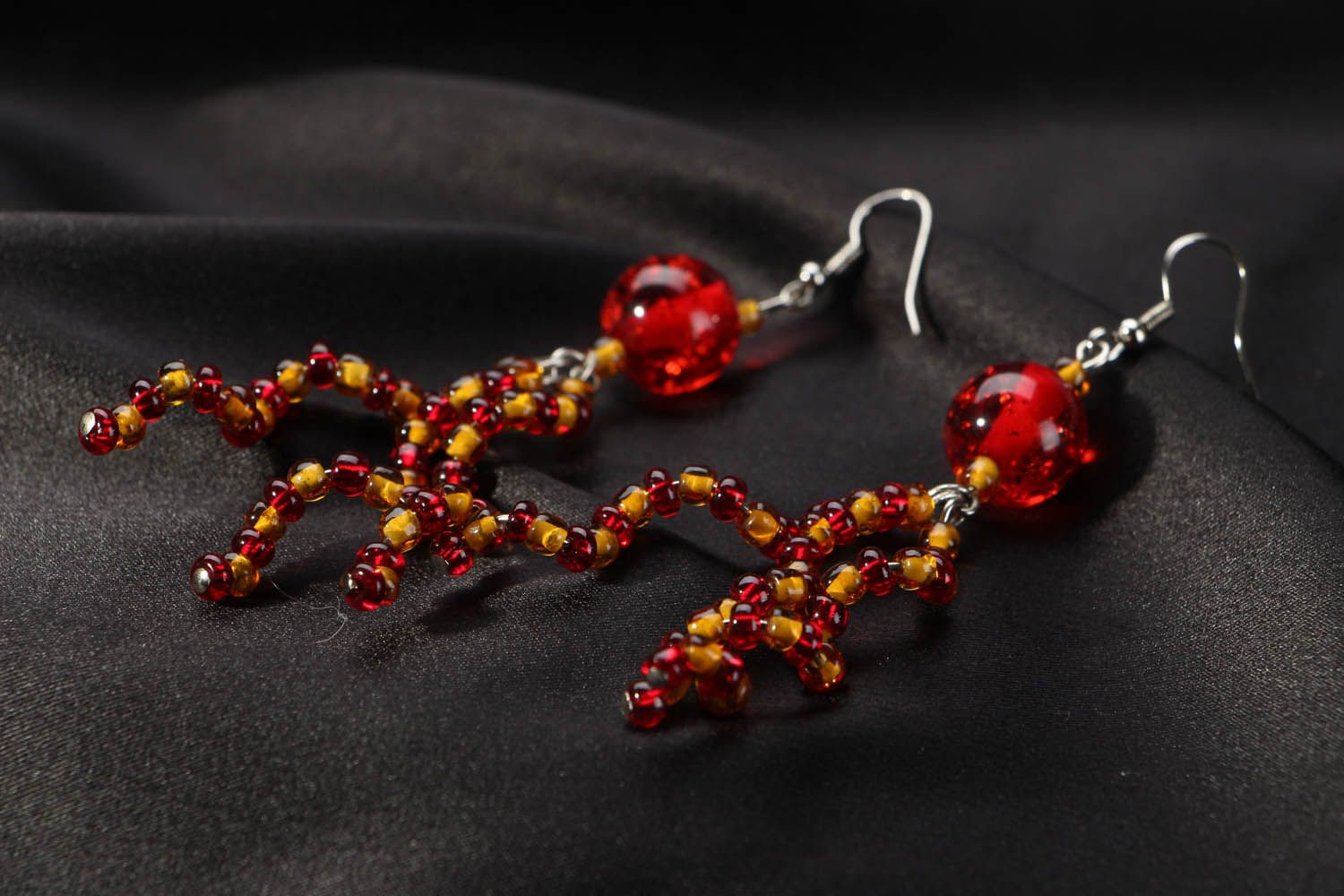 Long beaded earrings photo 2
