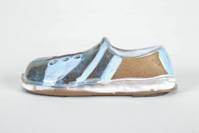 Ceramic fridge magnet Shoe photo 5