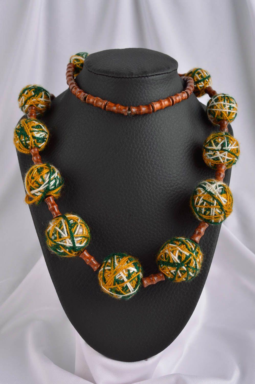 c94c7f78e465 joyería de Tela Collar artesanal de lana y hilos bisutería fina regalo  original para mujer -