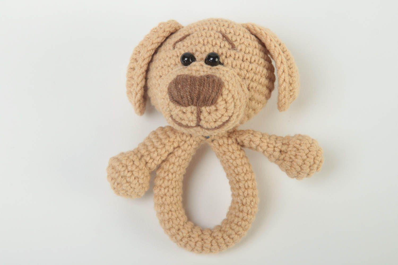 Вязание игрушек для новорожденных крючком 84