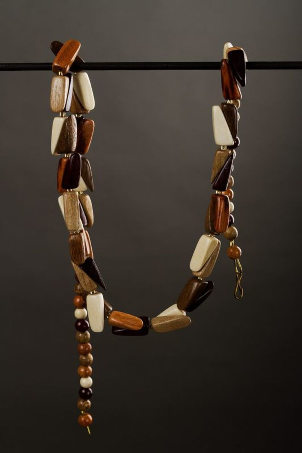 Wooden beads photo 1