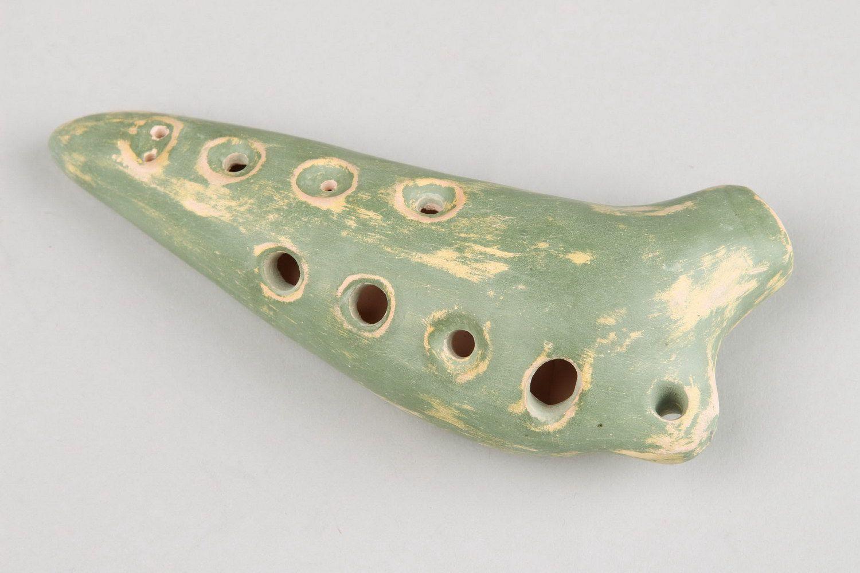 Ceramic ocarina, globular flute with eight holes photo 2