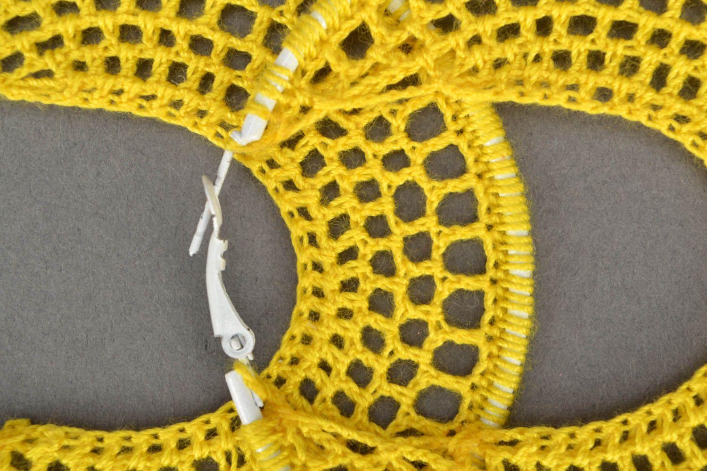 Crocheted round earrings photo 4