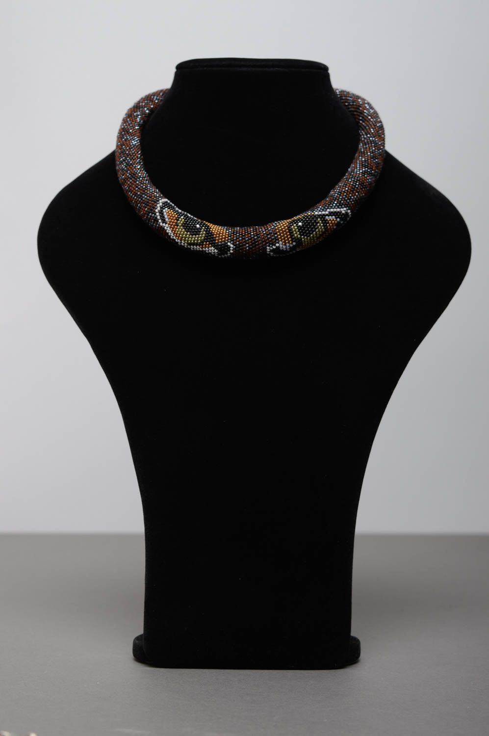 Beaded cord necklace with animal eyes photo 3