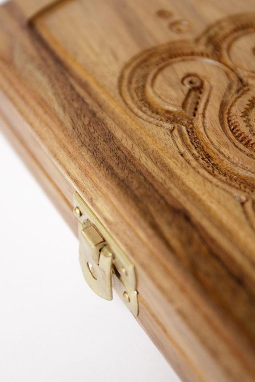 Backgammon made of natural wood photo 5