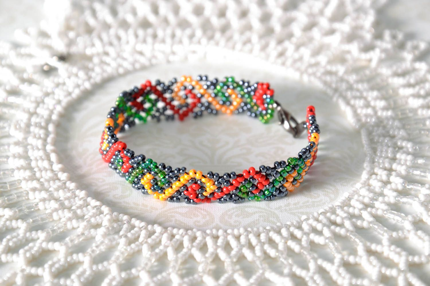 Multicolored Bead Bracelet photo 1