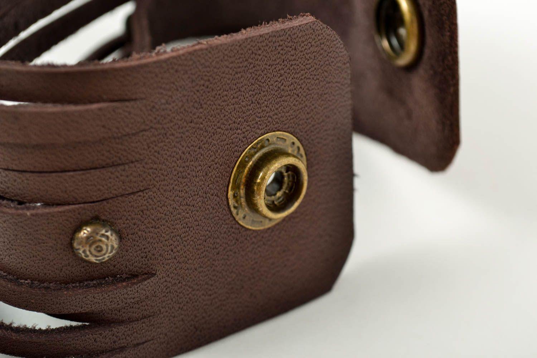 Широкий кожаный браслет хэнд мэйд интересный браслет на руку украшение из кожи фото 3