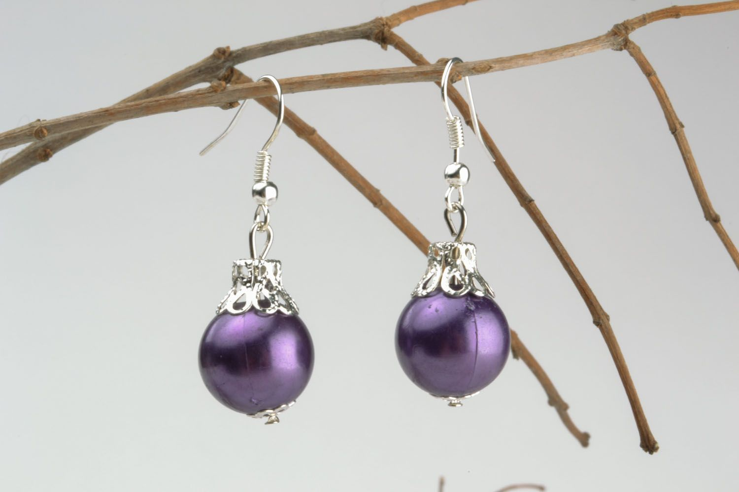 Earrings in the shape of Christmas tree balls photo 1