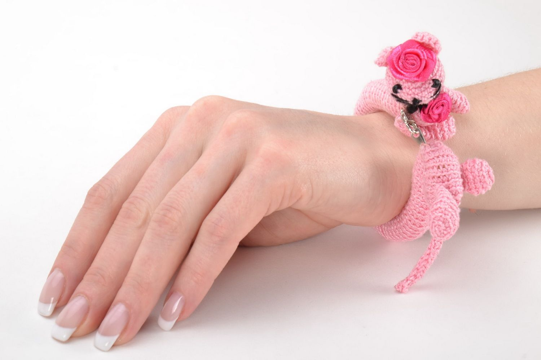 Pink wrist bracelet photo 2
