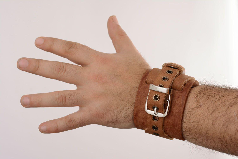 Кожаный браслет-напульсник фото 5