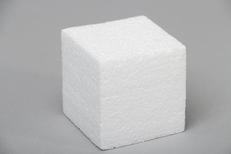 madeheart cube en polystyr ne sculpt la main pour d coration. Black Bedroom Furniture Sets. Home Design Ideas