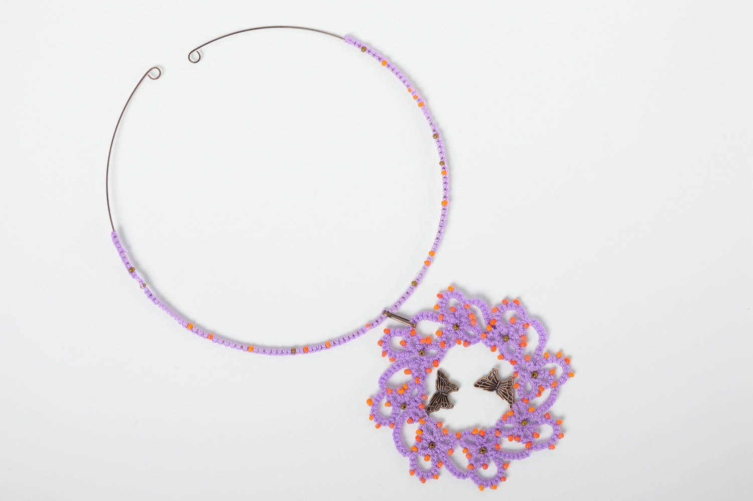 Textile tatting necklace photo 3