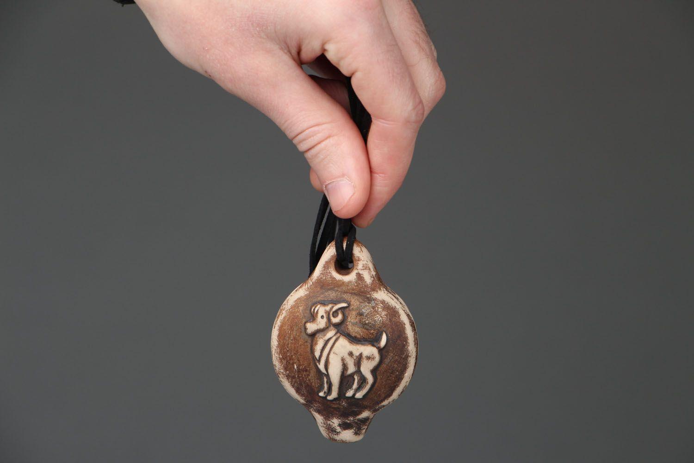 Кулон-свистулька из глины Овен фото 4