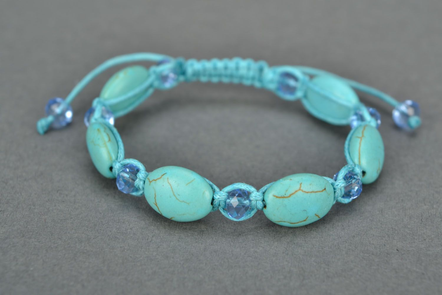 Bracelet woven of beads and cord photo 3