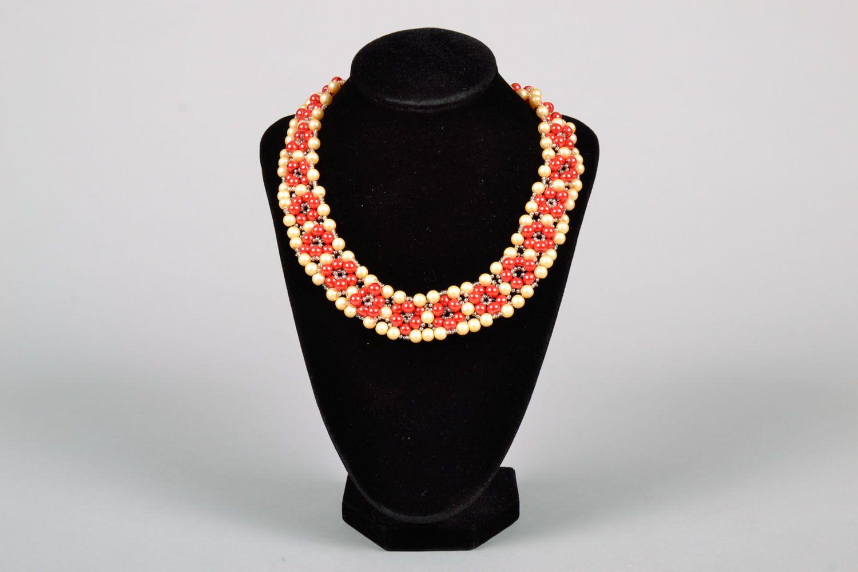 Bright beaded necklace photo 2