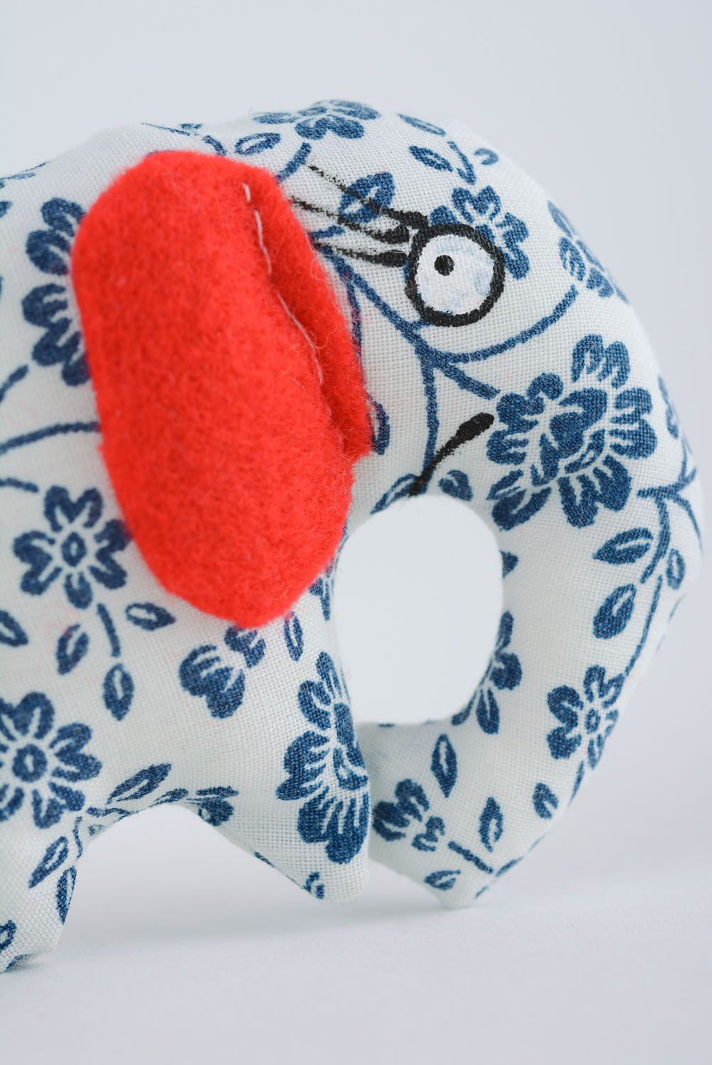 Soft toy in the shape of elephant photo 2