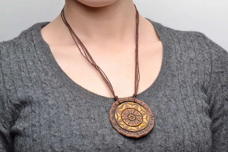 Ceramic pendant with ornament photo 2