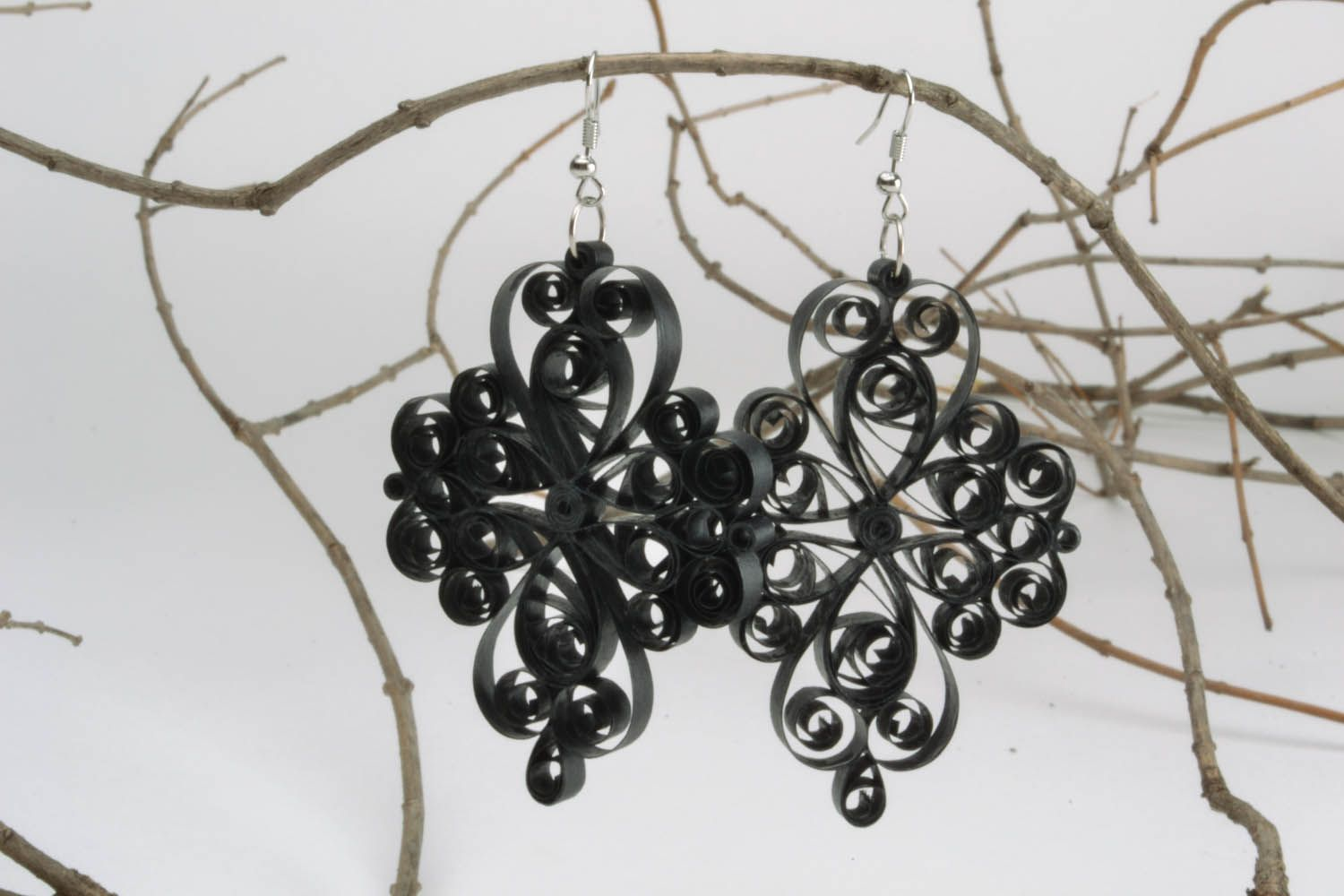 Handmade lace black earrings photo 1