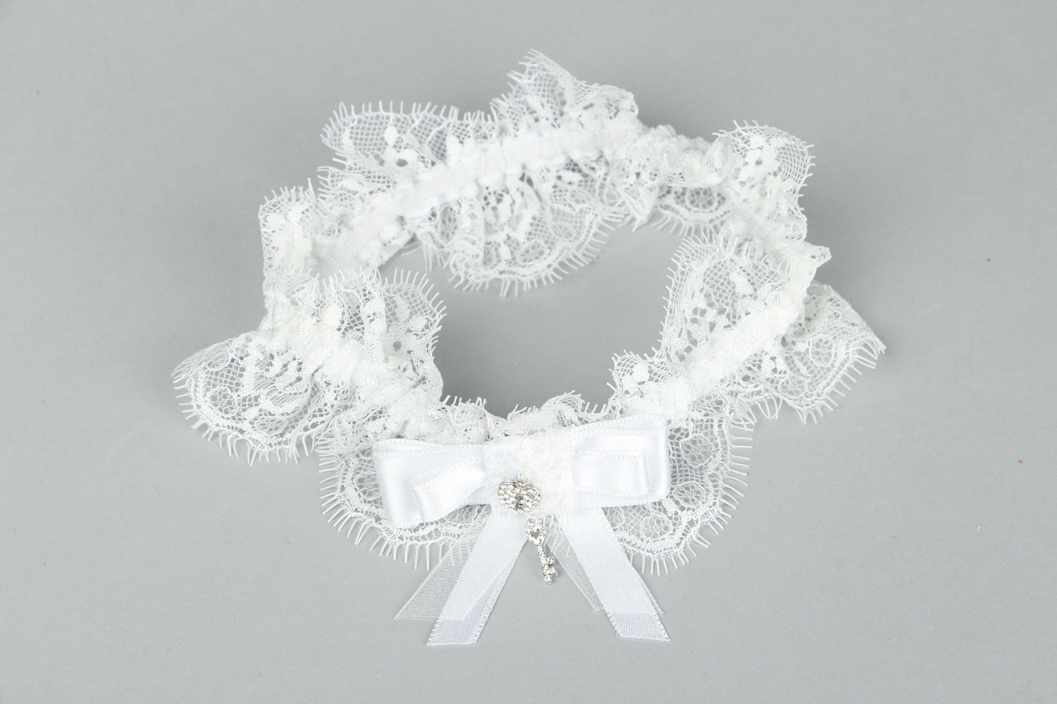 clothes Lace garter for bride with rhinestones - MADEheart.com