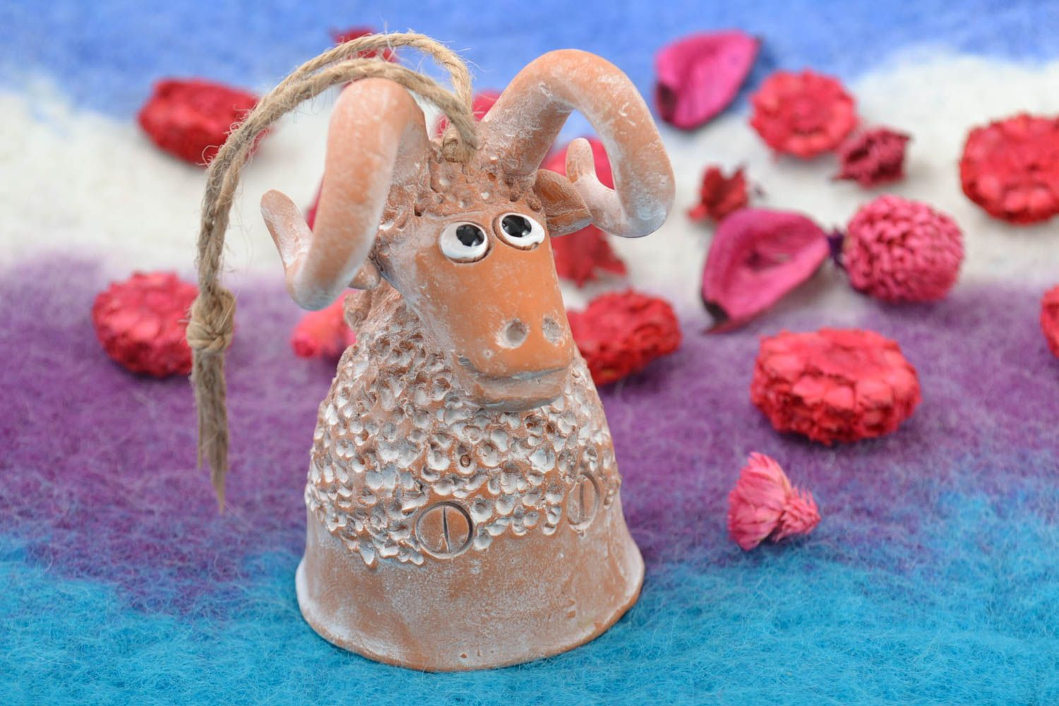 Figured decorative wall hanging ceramic painted bell in the shape of lamb photo 1
