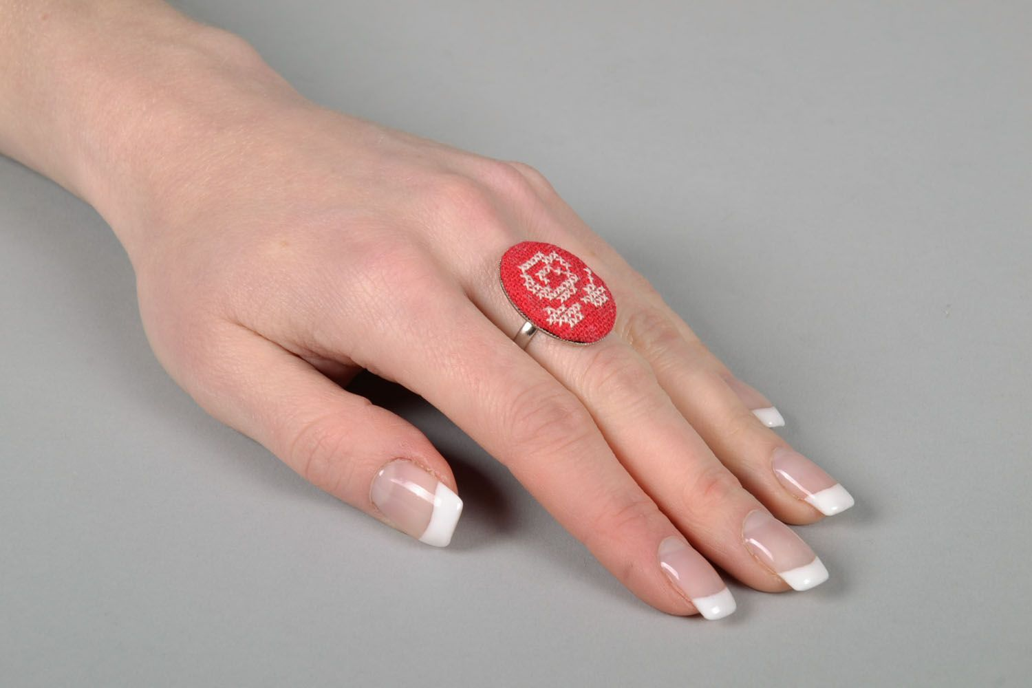 Beautiful seal ring with embroidered flower photo 5