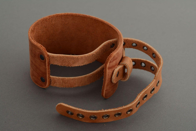 Кожаный браслет-напульсник фото 3